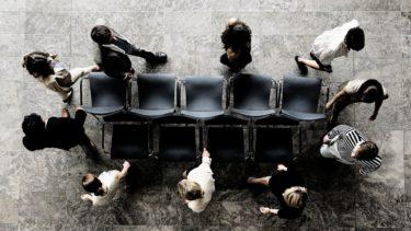川村雅則「椅子取りゲームと椅子づくり」